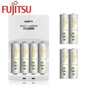 SANYO三洋 <BR>智慧型極速充電組<BR>(內附Fujitsu 富士通3號充電電池8入)<BR>【贈電池收納盒】