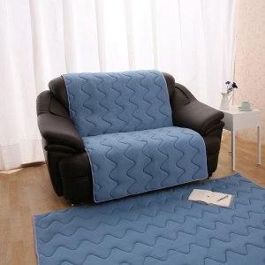 【HomeBeauty】夏季涼感防潑水沙發保潔墊-2人座尺寸(藍色)