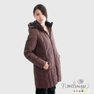 【namelessage】日本無名世代女款長版羽絨外套(咖啡色)