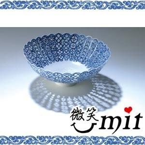 【微笑MIT】存仁堂/存仁堂藝瓷-菊瓣青花鏤空薄胎碗(20.5cm)