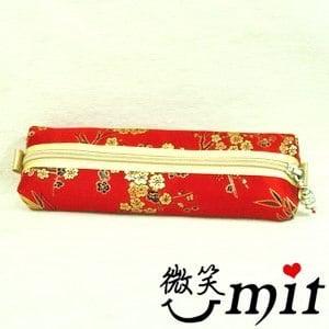 【微笑MIT】雅人手作 織錦立體鉛筆盒(Y101-0099/紅金竹梅)
