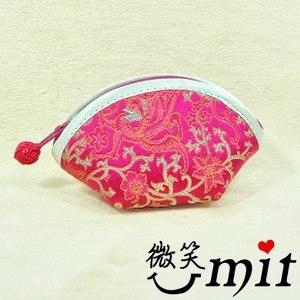 【微笑MIT】雅人手作 織錦三角零錢包(Y101-0205/紅金竹梅)